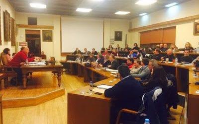 Μπάχαλο στο Δημοτικό Συμβούλιο με την μειοψηφία