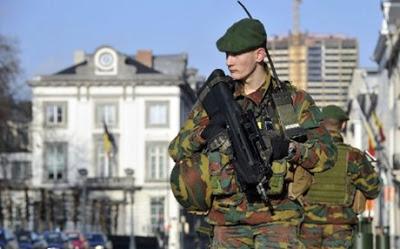 Το Βέλγιο έβγαλε το στρατό στους δρόμους