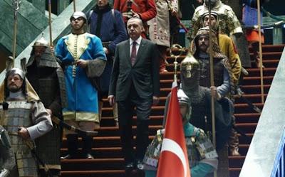 Δημοψήφισμα στην Τουρκία, για να γίνει ο Ερντογάν … Σουλτάνος