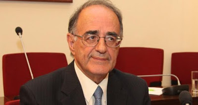 Πρόταση δυσπιστίας κατά του Υπ. Παιδείας προτείνει ο Γ. Σούρλας