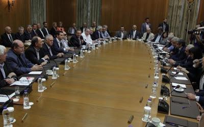 Υπουργικό συμβούλιο με κόκκινα δάνεια και αστυνομικό μυθιστόρημα