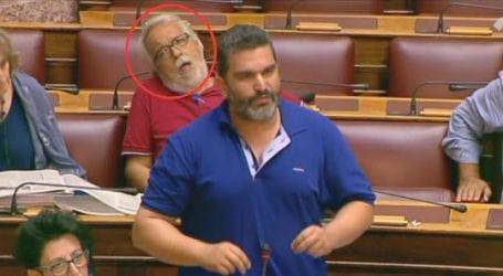 Είναι ακόμα βουλευτής;