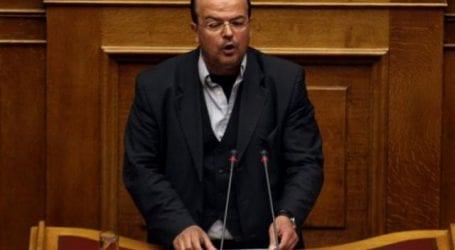 Βουλευτής του ΣΥΡΙΖΑ προτείνει δίδακτρα 600 ευρώ το χρόνο για τα δημόσια σχολεία