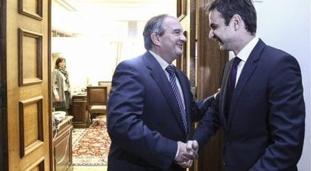 Κυρ. Μητσοτάκης: Σε πολύ καλό κλίμα η συνάντηση με τον Κ. Καραμανλή