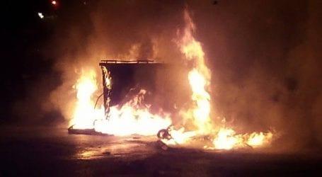 Έξι κάδοι κάηκαν στο Βόλο από υπολείμματα τζακιών