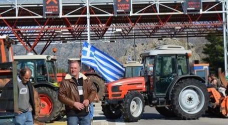 Ρήγμα στις τάξεις των αγροτών – Δυσαρέσκεια σε Τέμπη και Νίκαια