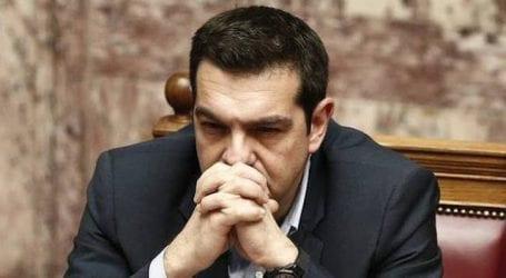 «O κύβος ερρίφθη: Ο Τσίπρας διαλύει τη Βουλή και πάει σε πρόωρες εκλογές την Άνοιξη»