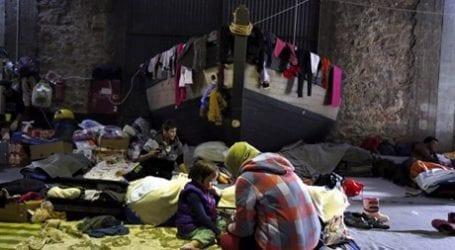 Μάχη Σύρων και Αφγανών προσφύγων στον Πειραιά με 8 τραυματίες