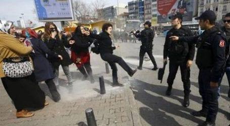 Τουρκία: ΜΑΤ άνοιξαν πυρ για να διαλύσουν την «Ημέρα της Γυναίκας»