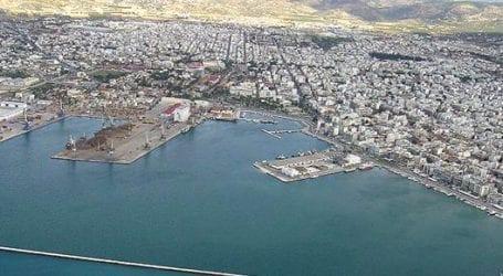 Ρύπανση από πετρέλαιο στο λιμάνι του Βόλου