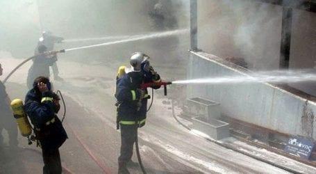 Φωτιά σε αποθήκες του Δήμου Βόλου στη ΜΕΤΚΑ