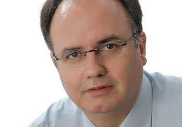 Αρ. Μπασδάνης: «Εκτίθενται με τις δηλώσεις τους τα κυβερνητικά στελέχη»