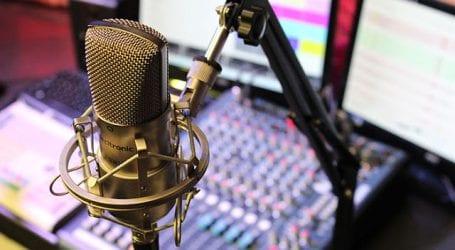 Ραδιοφωνικός σταθμός του Βόλου έβαλε τους δημοσιογράφους να ζητούν… διαφημίσεις!