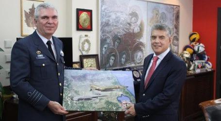 Συνάντηση Περιφερειάρχη Θεσσαλίας Κώστα Αγοραστού με τον νέο Διοικητή της 110 Πτέρυγας Μάχης