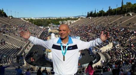 Έτρεξε στον Μαραθώνιο ο βολιώτης πρόεδρος των Συμβολαιογράφων