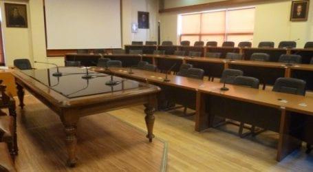 «Η Δημοτική Αρχή ευτελίζει συστηματικά το δημοτικό συμβούλιο