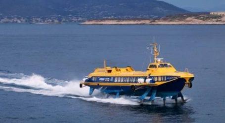 Βλάβη στο «Ερατώ» που επέστρεψε με ασφάλεια με 120 επιβάτες