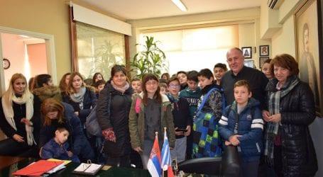 Στο Δημαρχείο Ρήγα Φεραίου μαθητές του Δημοτικού σχολείου