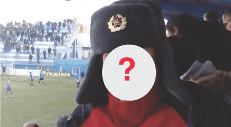 Ποιος παρουσιαστής πήγε στο γήπεδο με ρώσικο καπέλο;