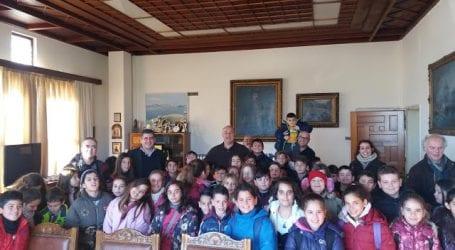 To Δημαρχείο επισκέφθηκαν μαθητές του 6ου Δημοτικού Σχολείου Ν. Ιωνίας