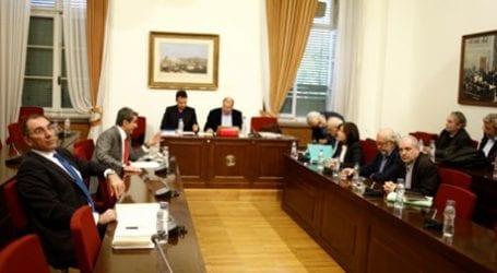 Δε βλέπει ποινικές ευθύνες για τα δάνεια σε κόμματα και ΜΜΕ ο ΣΥΡΙΖΑ