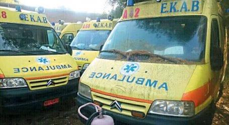 Μπουκώρος: Ακόμα δεν έχουν αλλάξει τα ασθενοφόρα-σαράβαλα  στο ΕΚΑΒ