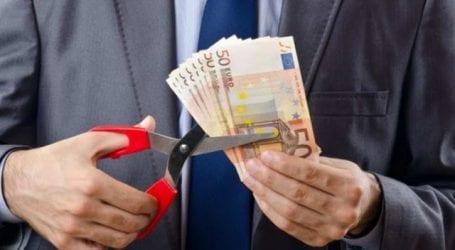 Πάνω από 382.000 εργαζόμενοι λαμβάνουν μισθούς από 100 έως 400 ευρώ το μήνα