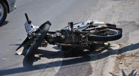 Τροχαίο ατύχημα σε σκάμμα της ΔΕΥΑΜΒ στη Λαρίσης