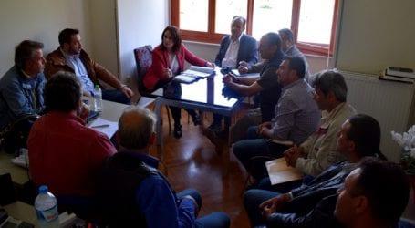 Συνάντηση με την Υφυπουργό Οικονομικών για τους δασικούς χάρτες από φορείς του Πηλίου