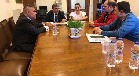 Με τους σωφρονιστικούς υπαλλήλους συναντήθηκε στη Βουλή ο Α.Αγραφιώτης