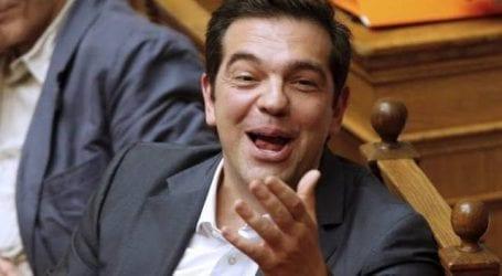 Δήλωση-βόμβα από τον Σόιμπλε αδειάζει Τσίπρα και Κυβέρνηση
