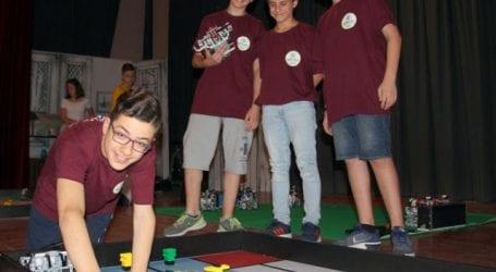Στην τελική φάση διαγωνισμού ρομποτικής το 8ο Γυμνάσιο Βόλου