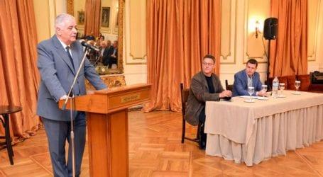 Καρεκλίδης: Ύβρεις αντί για απαντήσεις για τον φίλο του Δημάρχου
