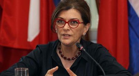 Σε καφετέρια του Βόλου έρχεται η υπουργός Ράνια Αντωνοπούλου