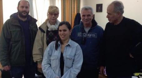 Εθελόντρια στην Μάνδρα Αττικής η Τζούλια Τσαλίκη
