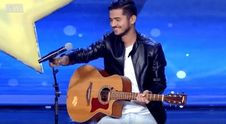 """Ο Βολιώτης Νάσος που συγκίνησε όλο το """"Ελλάδα έχεις ταλέντο"""" (βίντεο)"""