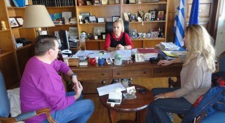 Οι γονείς στην Κολυνδρίνη για τη μεταφορά των μαθητών