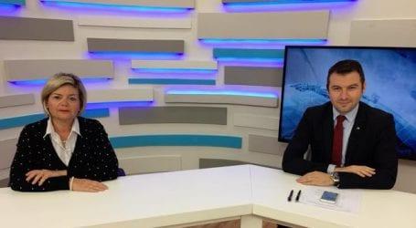 """Τι είπε η Ντόρα Μπακογιάννη στην Έλενα Αντωνοπούλου για το """"κόψιμο"""" του Κυριάκου!"""