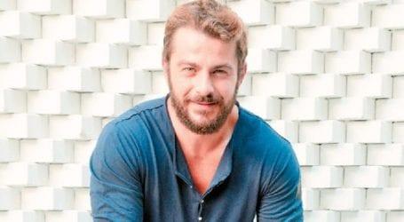 Γιώργος Αγγελόπουλος: Μας δείχνει τους κοιλιακούς του και ρίχνει το instagram!