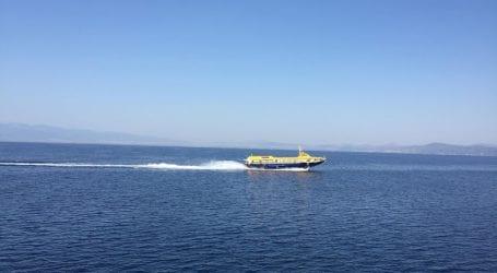 """Ακινητοποιημένο το """"Ερατώ"""" στο λιμάνι της Γλώσσας – Ταλαιπωρία για 63 επιβάτες"""