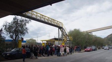 Πολίτες κατέλαβαν το λιμάνι της ΑΓΕΤ (εικόνες)