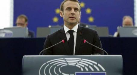 Την αλληλεγγύη της Γαλλίας προς την Ελλάδα εκφράζει ο Μακρόν