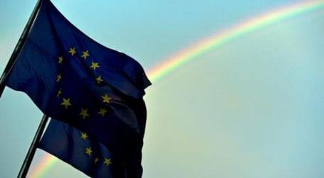 Ελαφρά επιτάχυνση της οικονομικής δραστηριότητας στην Ευρωζώνη