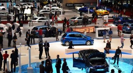 Ανεβαίνουν οι πωλήσεις αυτοκινήτων στην Ελλάδα