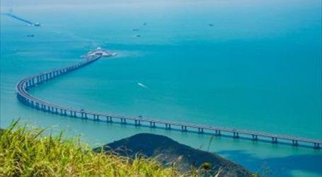 Τελειώνει η κατασκευή της μεγαλύτερης γέφυρας που διασχίζει θάλασσα