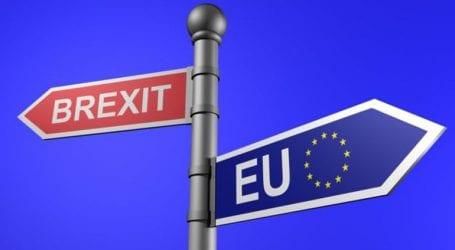 Το Λονδίνο ευελπιστεί για συνέχιση των διαπραγματεύσεων για το Brexit