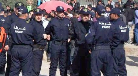 Δύο παιδιά σκοτώθηκαν και τέσσερα τραυματίστηκαν από έκρηξη χειροβομβίδας