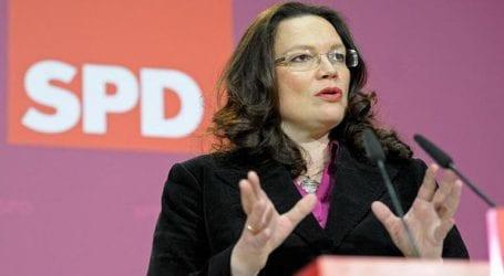 Η επικεφαλής του SPD Άντρεα Νάλες αναγγέλλει επίθεση εναντίον ακροδεξιών