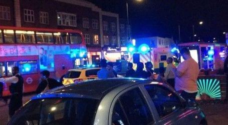 Τρεις τραυματίες από σφαίρες έξω από σταθμό του υπογείου στο Λονδίνο