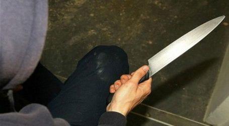 Αιματηρή επίθεση με μαχαίρι σε προάστιο του Παρισίου